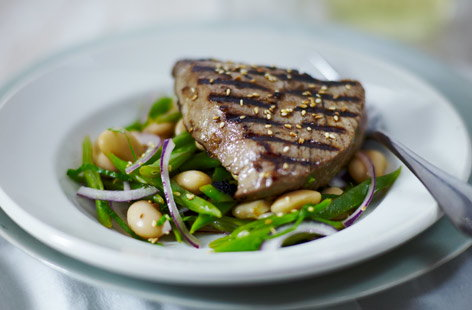 Tuna and mixed bean salad