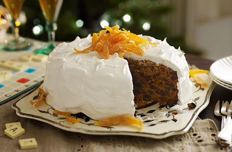 Iced christmas cake with candied orange tesco real food for Iced christmas cakes