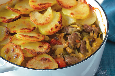 Lamb and bean hot pot