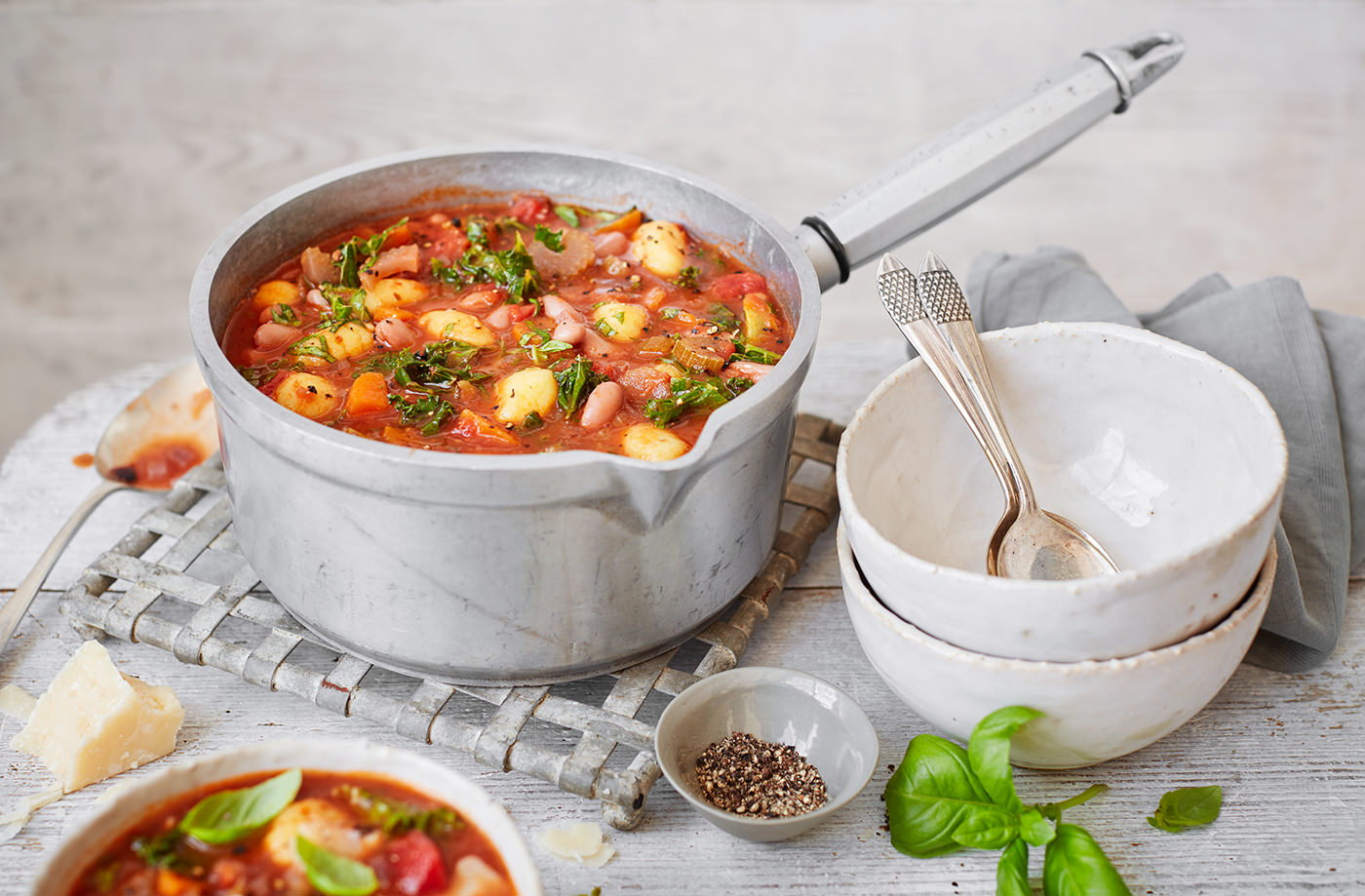 Chunky minestrone soup with gnocchi recipe