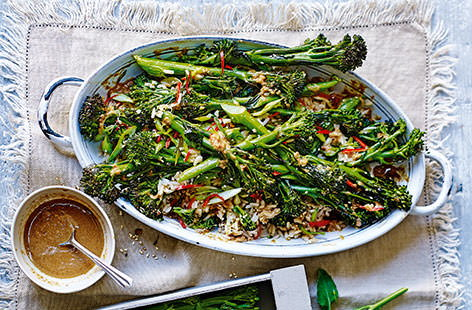 This vibrant, vegan-friendly salad sees tenderstem broccoli roasted with chilli, garlic and spring onions for a fragrant finish, tossed with wild rice, drizzled with an aromatic miso dressing and sprinkled with sesame seeds for crunch.