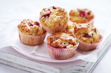 Raspberry and strawberry muffins recipe