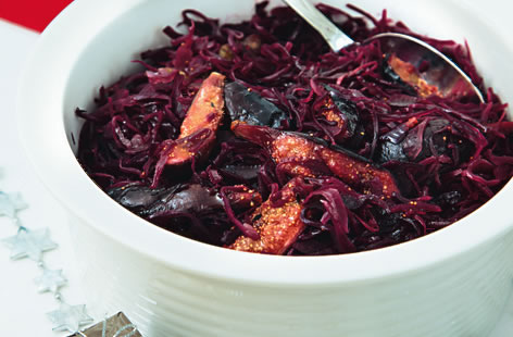 Spiced braised red cabbage with red wine vinegar and chestnuts