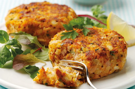 Oaty salmon and cod fishcakes