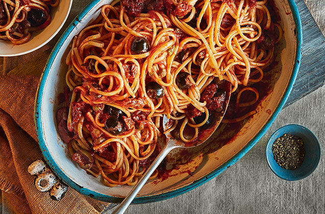 Wednesday: One-pot linguine with olives, capers and sundried tomatoes