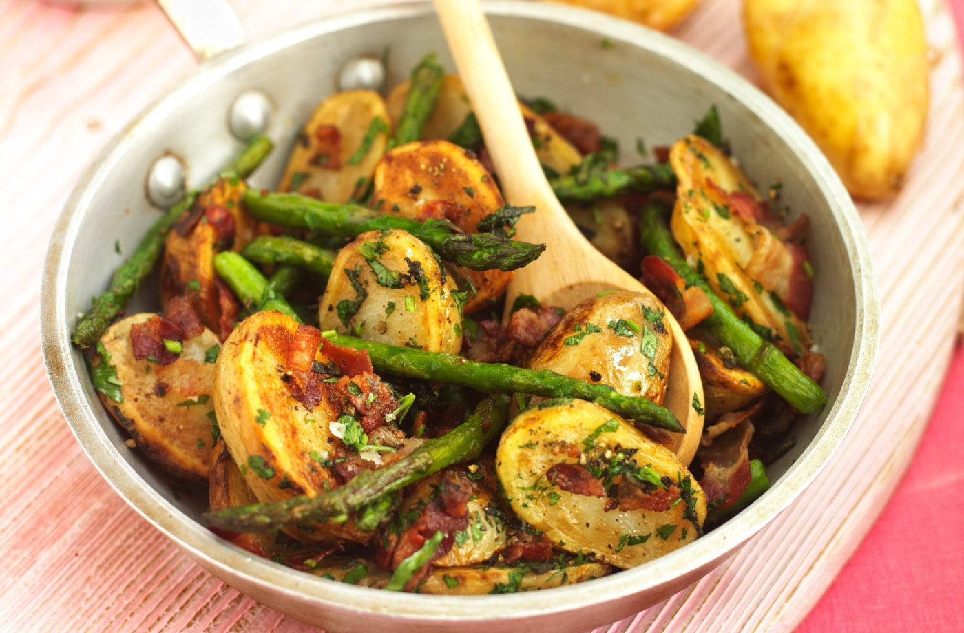 Pan-fried Jerseys with asparagus and pancetta | Tesco Real ...