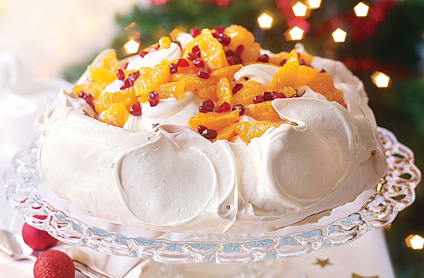 Pomegranate and clementine Pavlova recipe