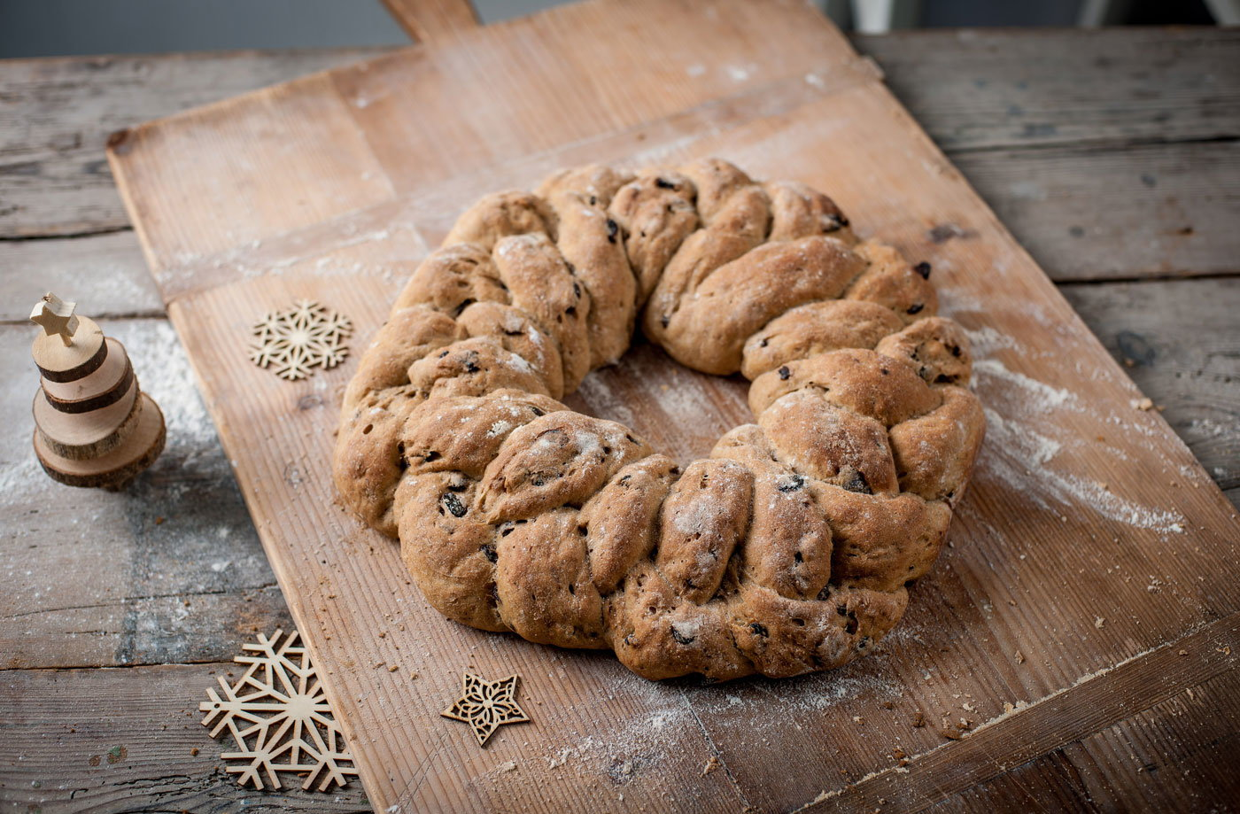 Andrew MacKenzie's festive plaited loaf recipe