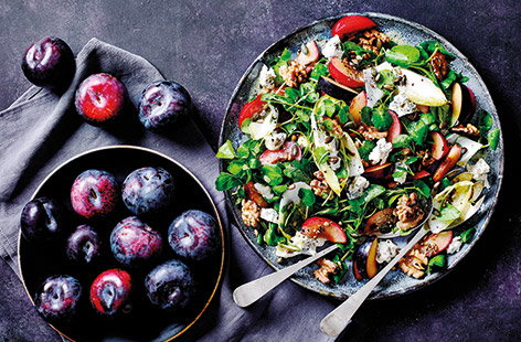 Plum and blue cheese salad
