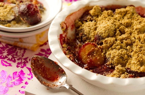 olive vegetable or fruit healthy fruit crumble recipe with oats