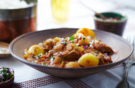 Slow cooker pork vindaloo