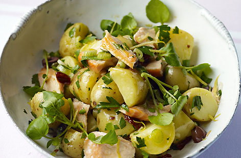 Potato and salmon salad with lemon