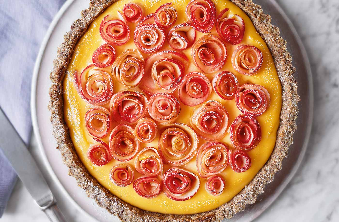 Apple 'rose' custard tart