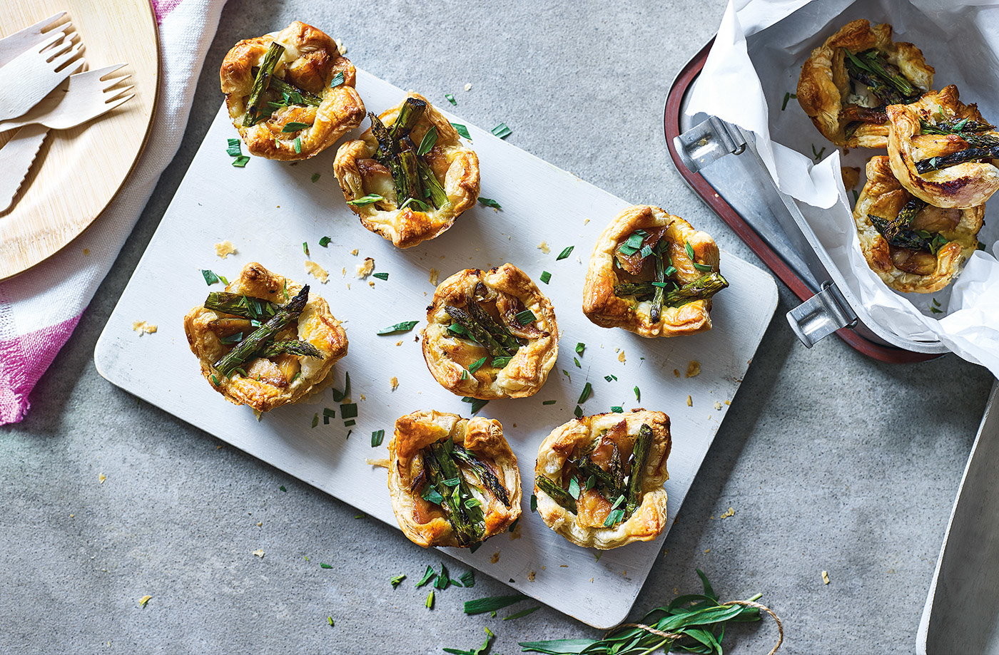 Asparagus and mackerel tartlets recipe