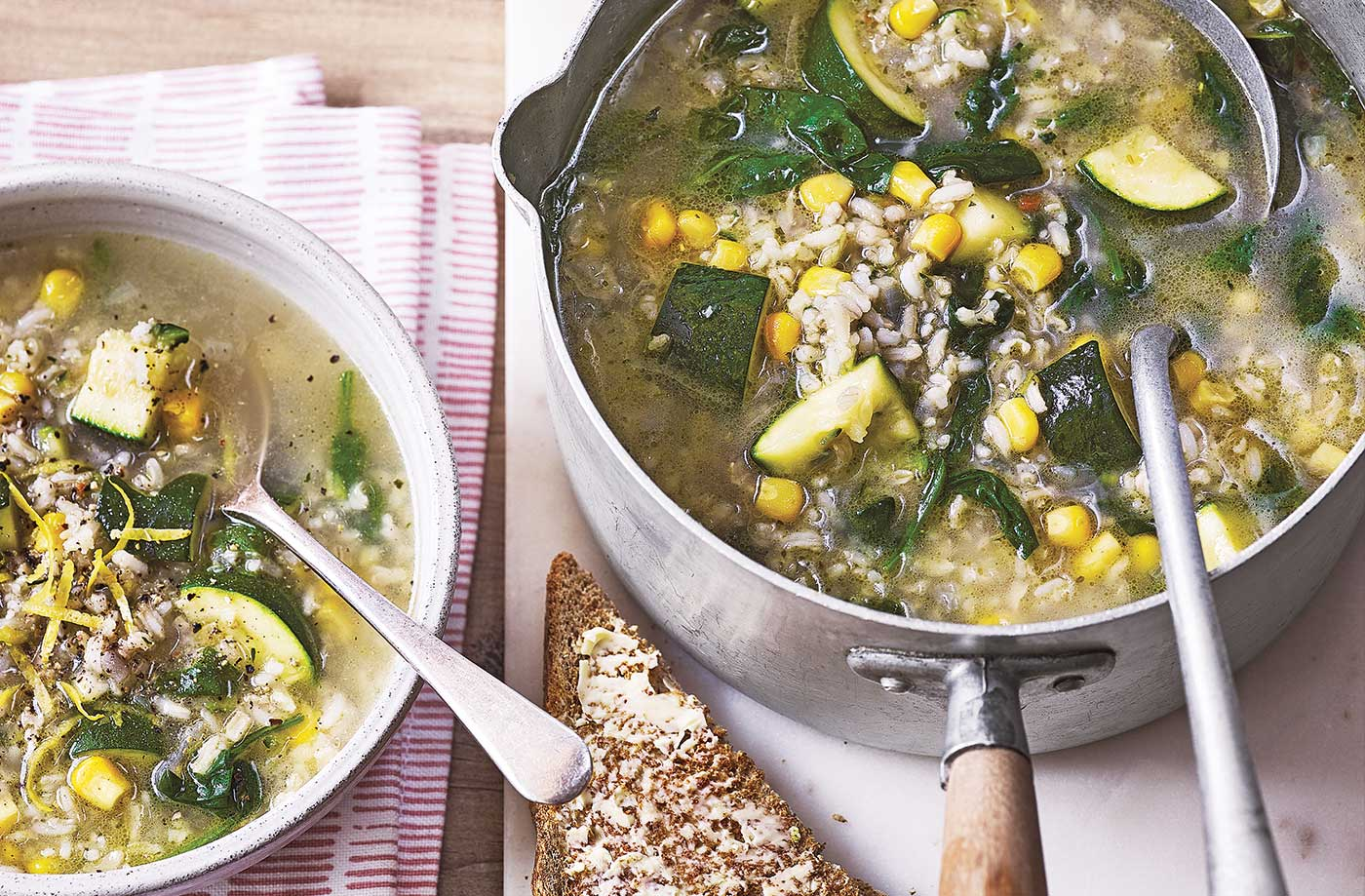 Brown rice and courgette soup recipe