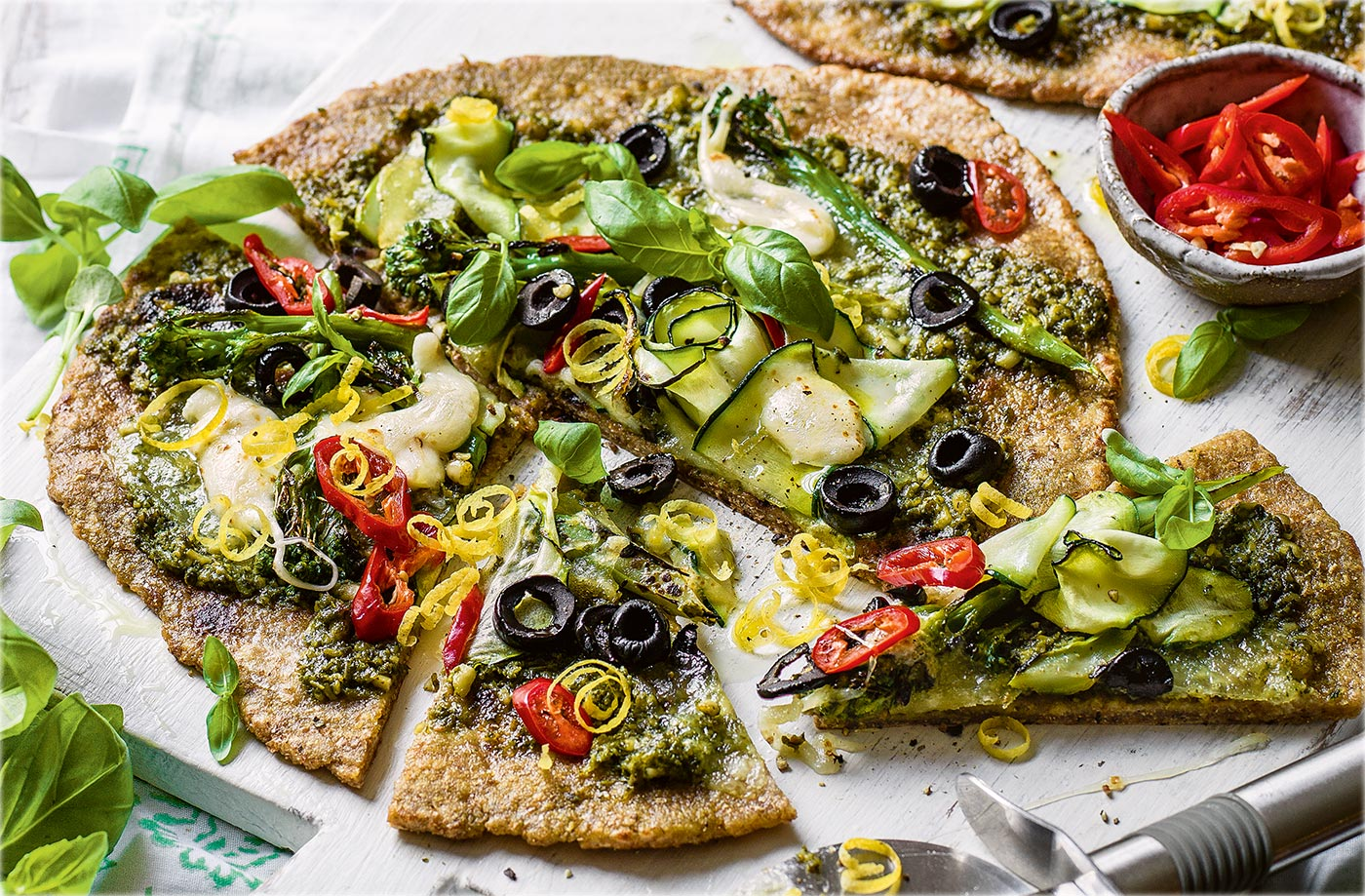 Vegetarian recipes vegetarian meal ideas tesco real food courgette and broccoli wholemeal pizzas forumfinder Images