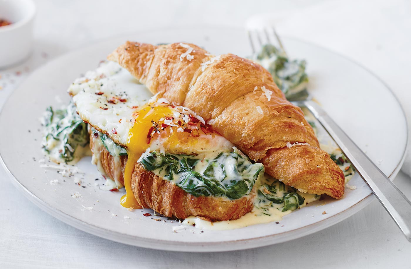 Creamy spinach and Parmesan croissant recipe
