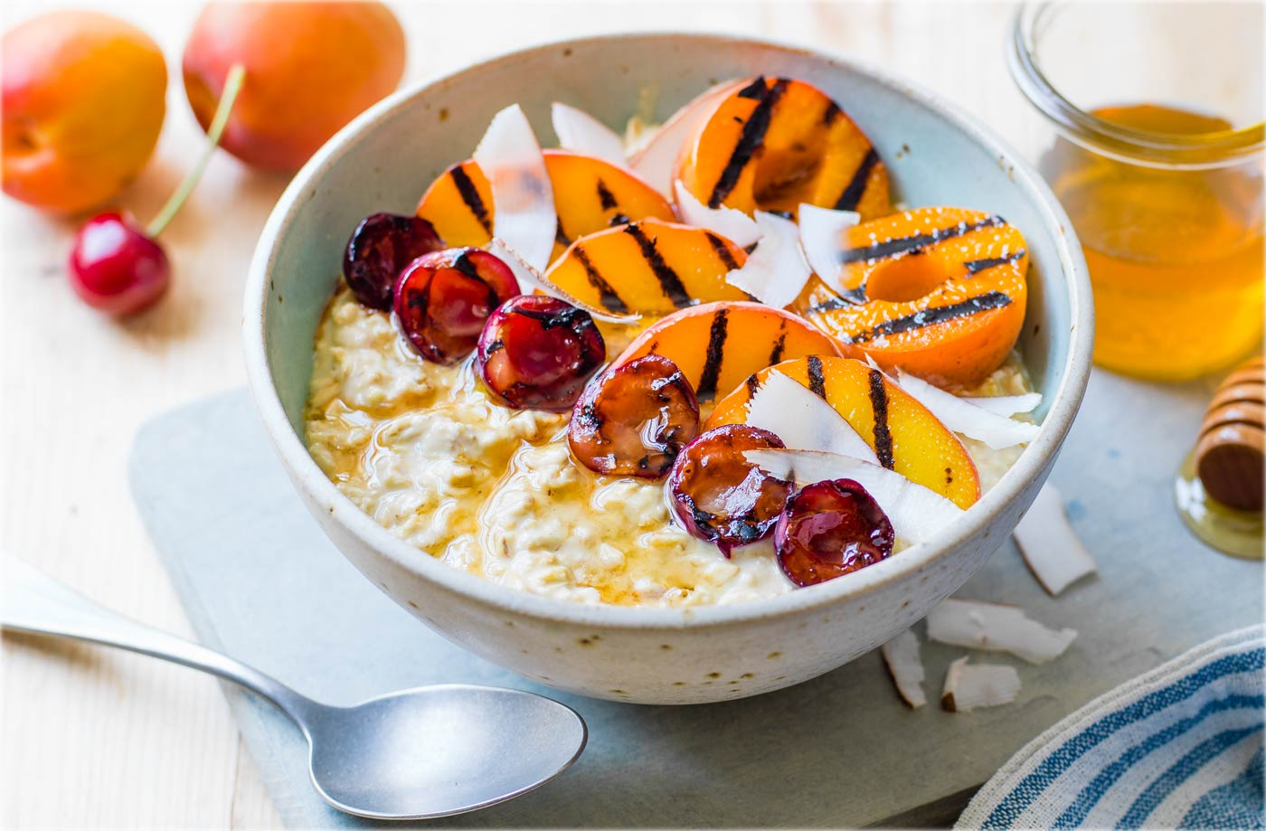 Griddled summer fruits with oats