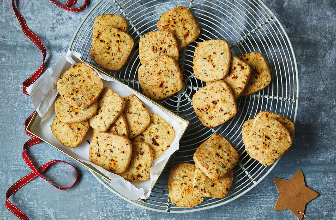 Manchego and chilli shortbreads recipe