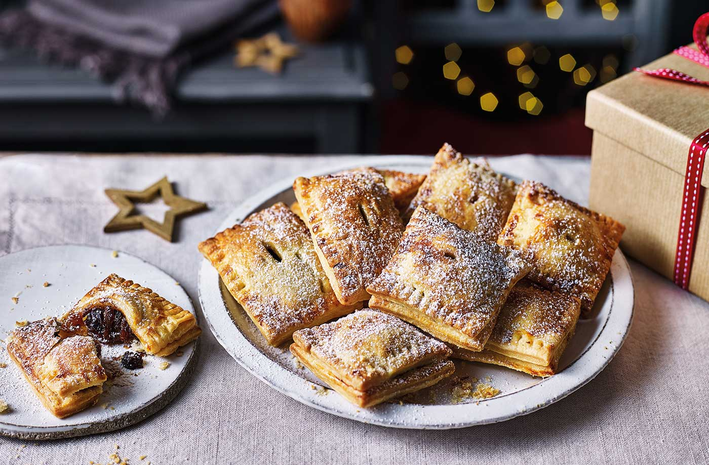 Mincemeat Pop Tarts Christmas Baking Recipes Tesco Real Food