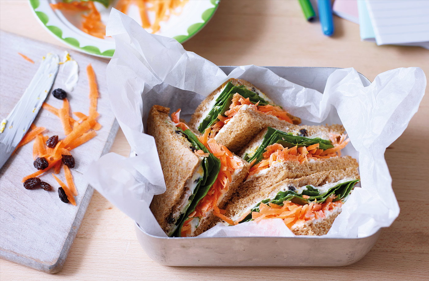 Carrot, raisin and cream cheese sandwich recipe