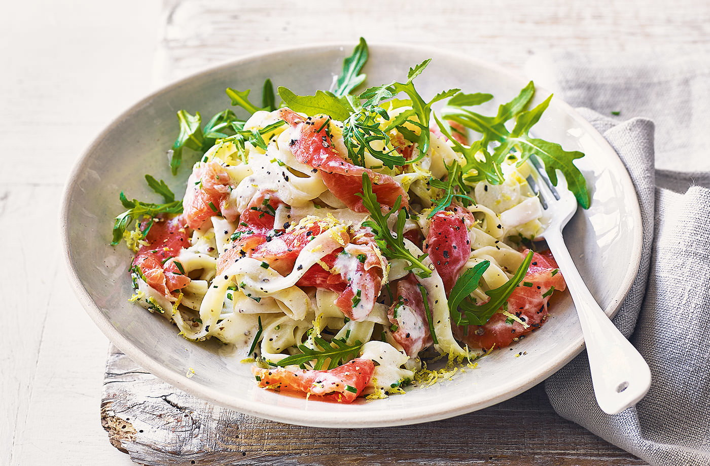 Creamy smoked salmon and lemon pasta recipe