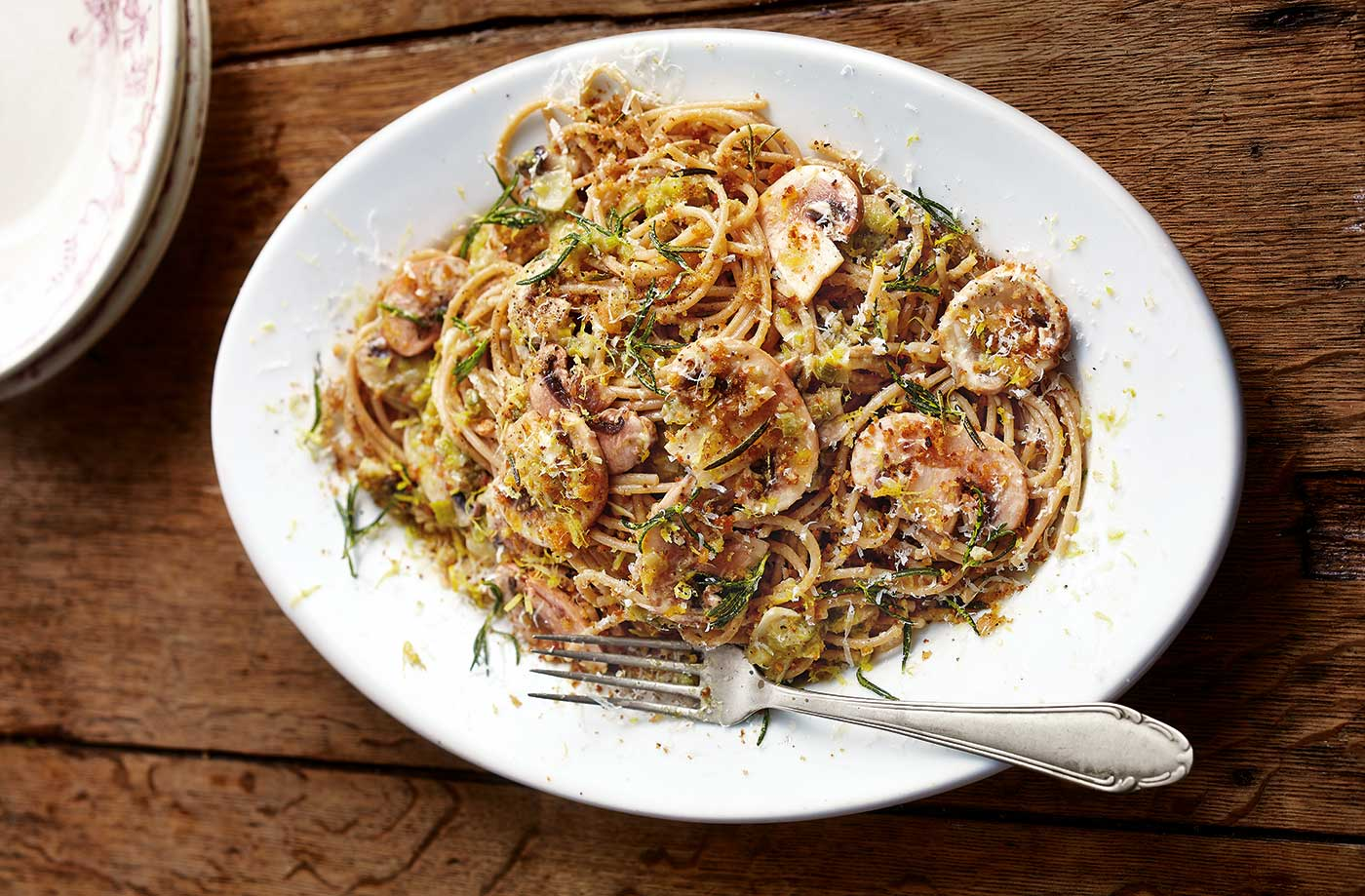 Sweet leek and mushroom wholewheat spaghetti recipe