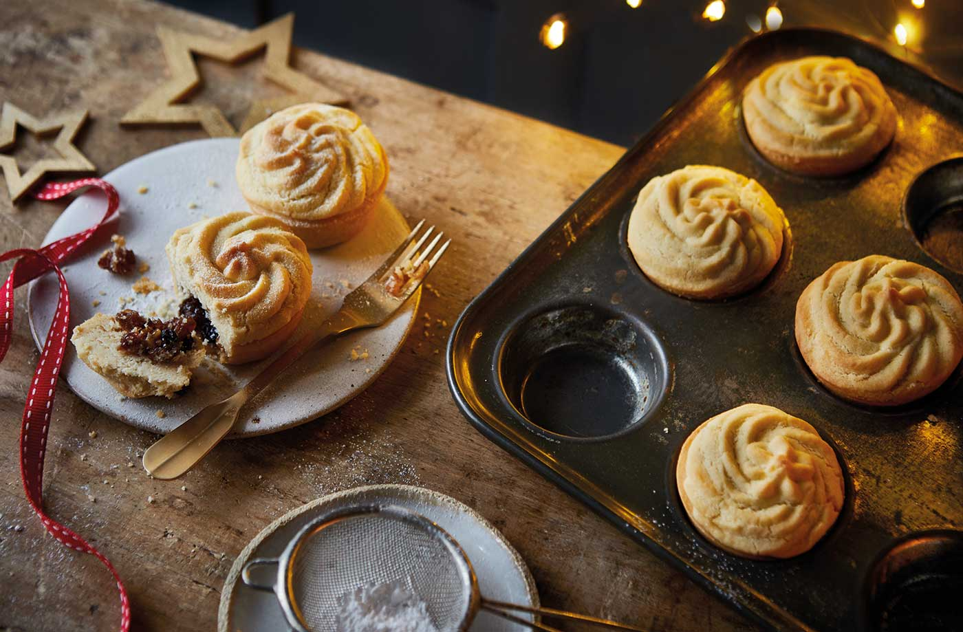Viennese whirl mince pies recipe