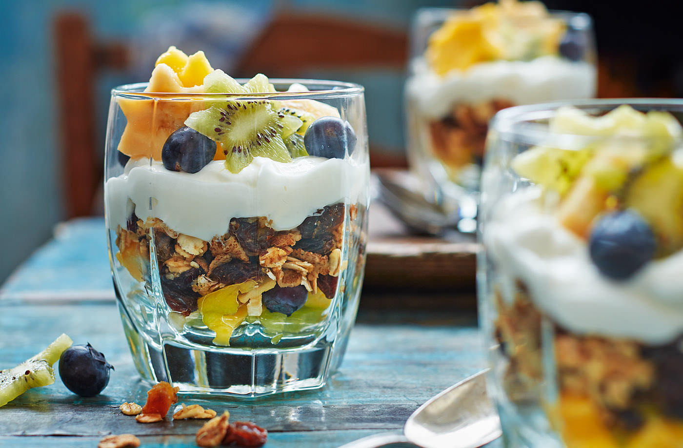Starry muesli yogurt pots recipe