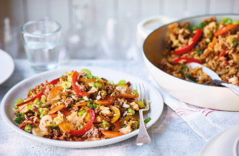 Make this Cajun beef and veg rice bowl for a quick, easy and healthy family dinner. With crispy mince and plenty of colourful veg cooked in spicy Cajun seasoning, this one-pan beef recipe is a stress-free way to feed the family.