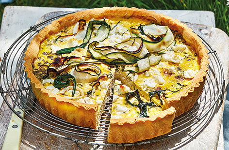 Chicken, courgette and feta quiche