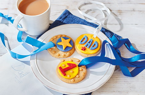 No.1 Dad medal biscuits