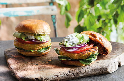 Carrot, courgette and halloumi burgers