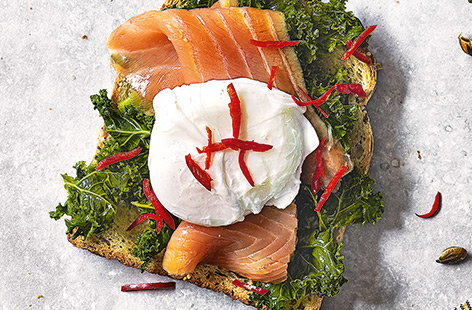 Kale, poached egg and smoked salmon toast topper
