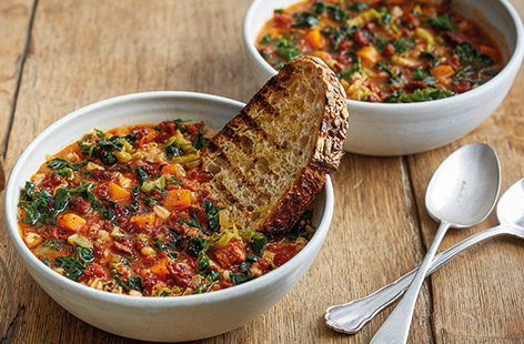 Pearl barley and chorizo soup