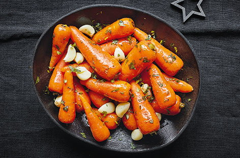 Whisky-glazed carrots with garlic and tarragon