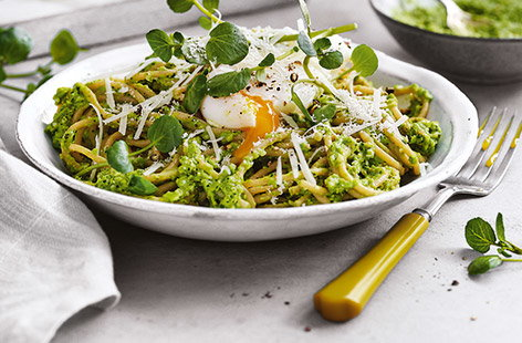 Rfo Spaghetti With Watercress And Pea Pesto These Easy Summer Flatbreads Can