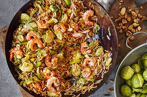 Spicy sprout and prawn fried rice