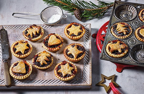 Mince pies are a must-have at Christmas, and this simple vegan mince pie recipe means everyone can enjoy them this festive season