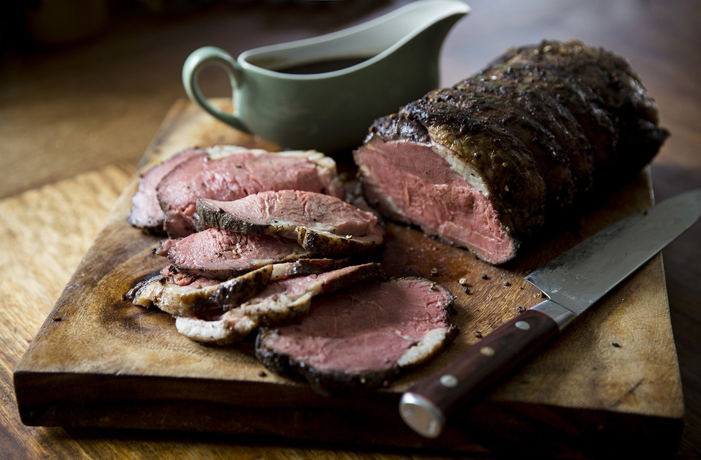 Slow-roast sirloin of beef with red wine gravy | Tesco Real Food