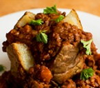 Beef and lentil chilli hotpot
