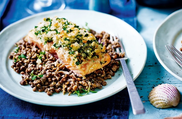 Herb-crusted salmon with creamed lentils recipe