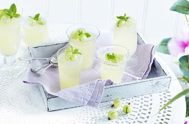 Gooseberry, mint and prosecco jellies
