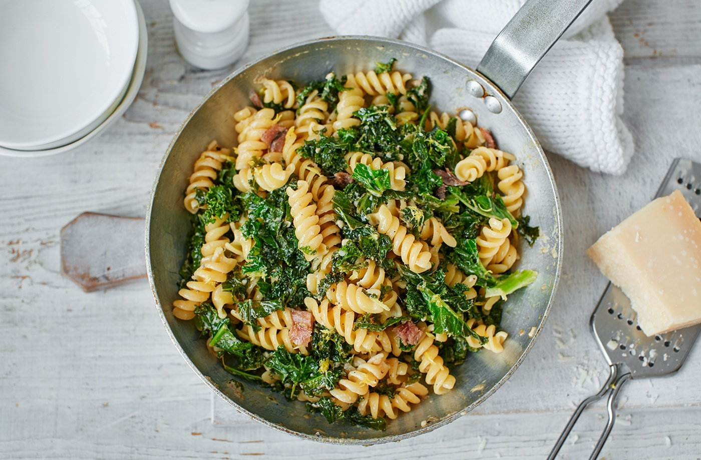 Kale, anchovy and lemon pasta recipe