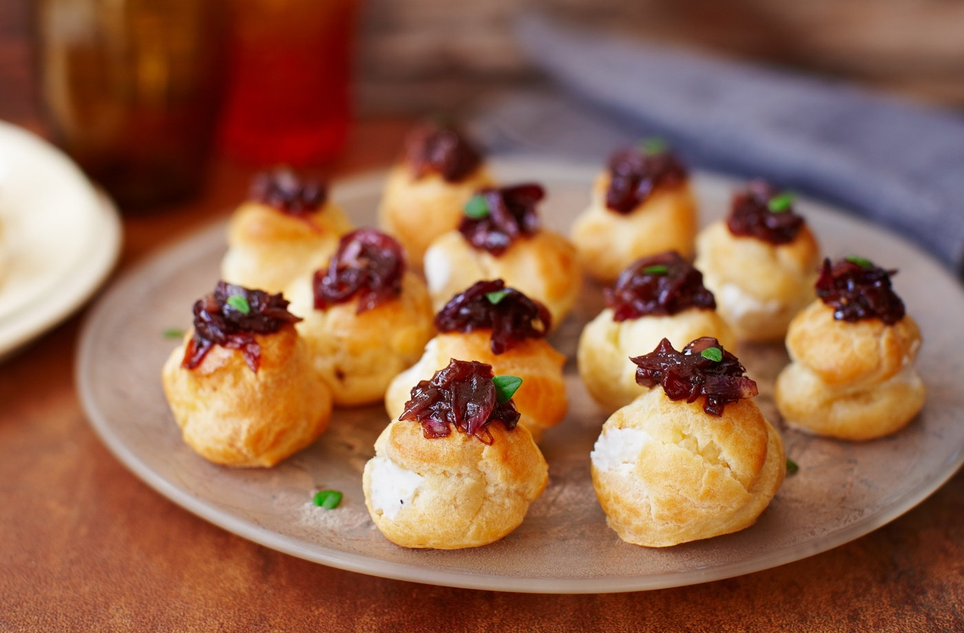 Creamy goat 39 s cheese choux buns tesco real food for Canape desserts