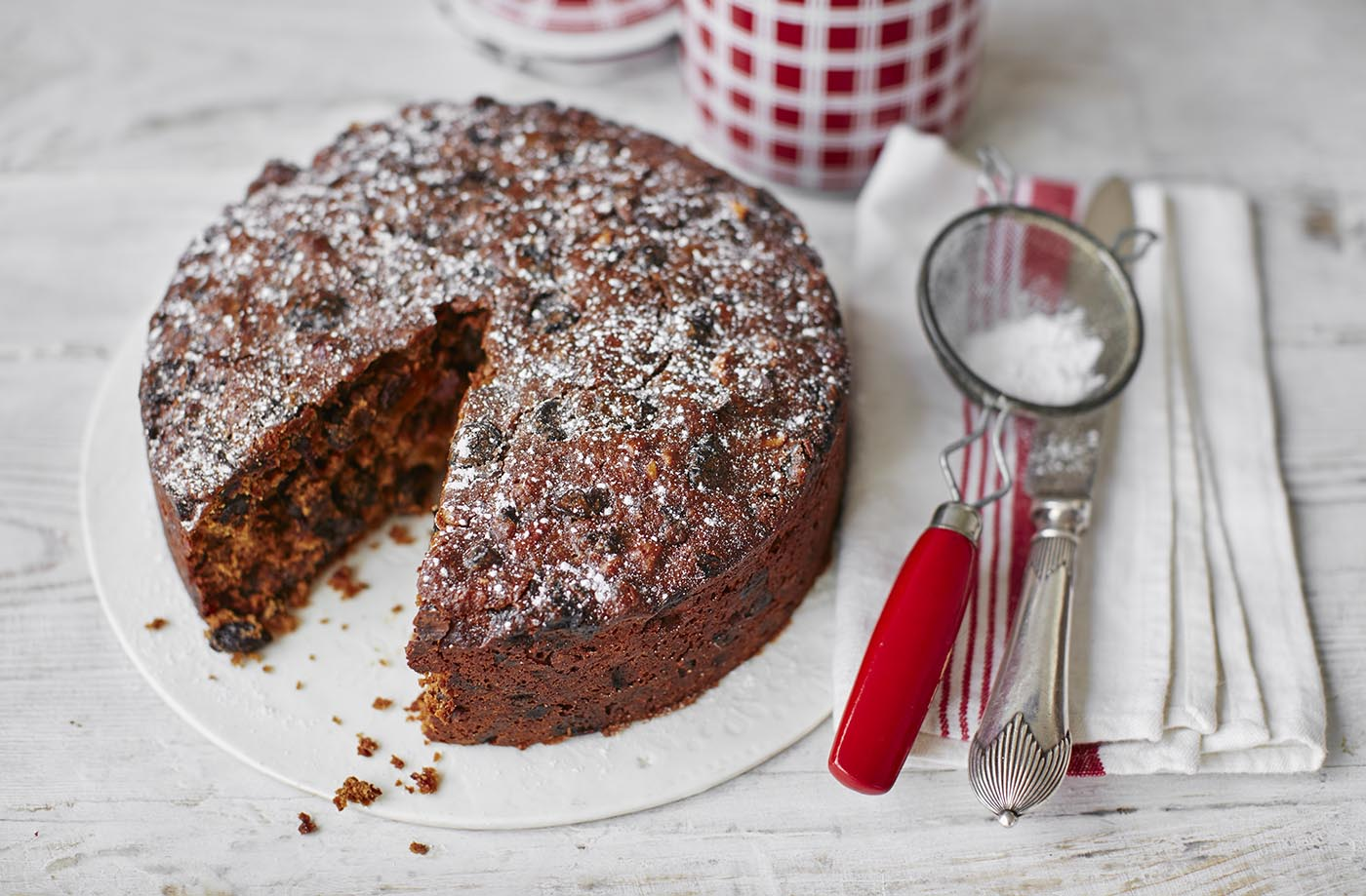 Quick cherry and almond Christmas cake