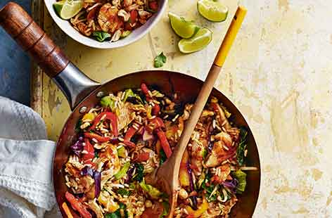 This fast midweek meal doesn't scrimp on flavour. Packed with chilli, lemongrass and ginger, this healthy chicken fried rice dinner can be on the table in just 15 minutes