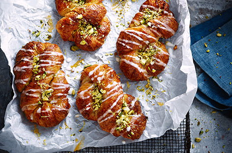 Pistachio and lemon danish pastries