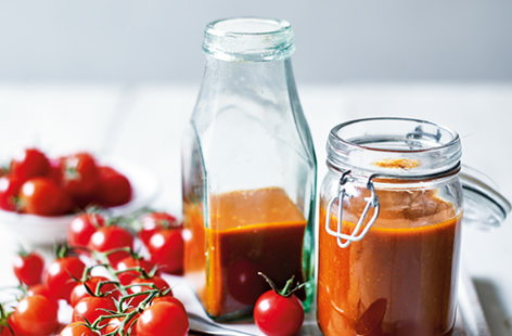 Try your hand at making ketchup from scratch with our delicious take on the classic condiment, starring seasonal Piccolo cherry tomatoes, sweet shallots, fragrant celery and a medley of rich spices