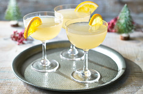 Take a fun, festive approach to your cocktail making with this citrussy take on a daiquiri. With white rum, orange liqueur and marmalade, it's lovely and sweet but packed full of gorgeous, strong flavours, too.